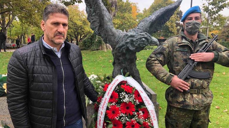 ЦСКА - София уважи празника на военния парашутист