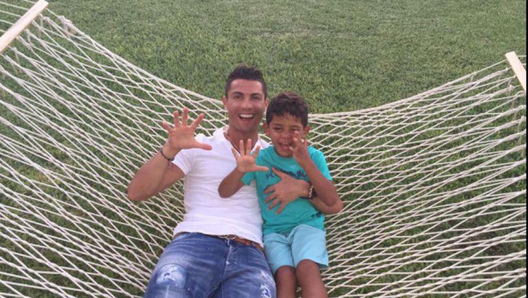 Кристиано разпуска на Бахамите, недоволствайки от Реал Мадрид