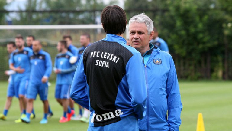 Левски чака няколко нови до края на седмицата