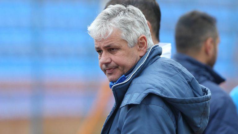 Стойчо Стоев: Имаме отбор U-19, а не мъжки тим (видео)