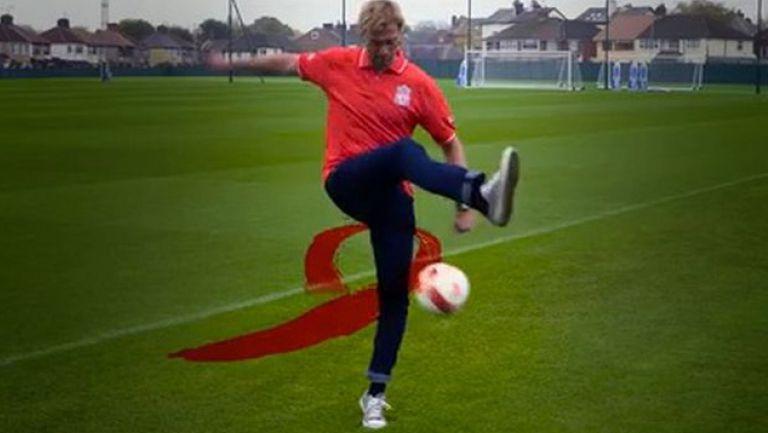 Клоп и футболистите на Ливърпул с кампания в подкрепа на болните от СПИН