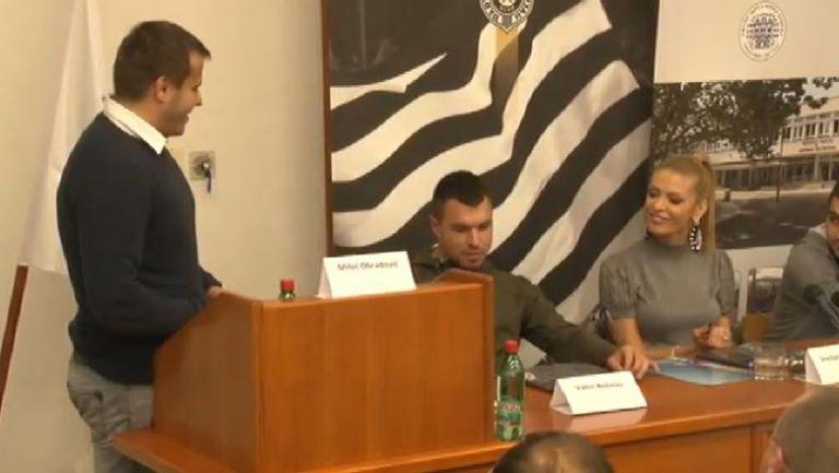Уникално! Божинов изнесе лекция в университет в Белград