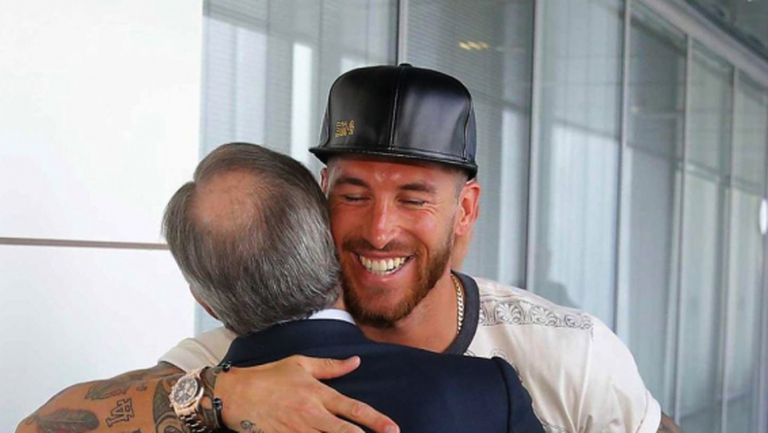 Приятелска прегръдка между Флорентино и Рамос, Реал Мадрид се стяга за работа (галерия)