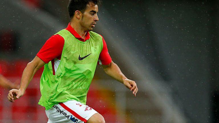 Конкурент на Попето отива в Англия