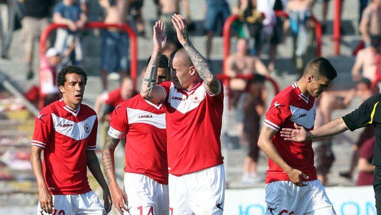 Кукоч: Четири германски и три италиански клуба ме искат, няма до ходя в изпадащ отбор