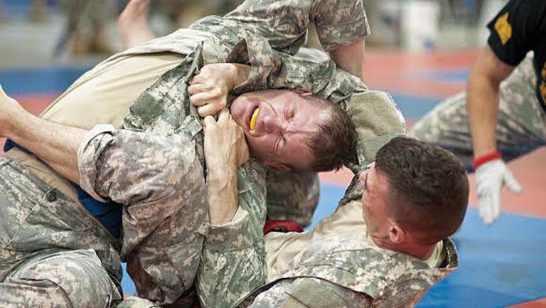 Американската армия организира турнири по Бразилско Джу Джицу за войниците си в Афганистан