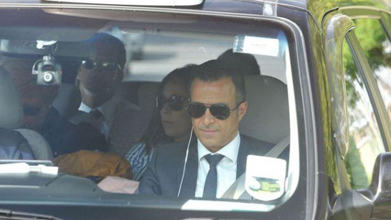 Агентът на Де Хеа пристигна в базата на Юнайтед