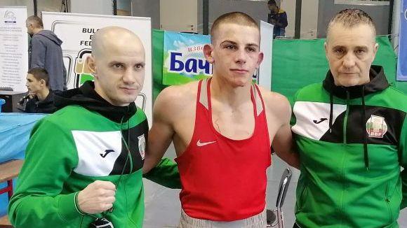 Венсан Киркоров отпадна на осминафиналите на ЕП по бокс до 22 години