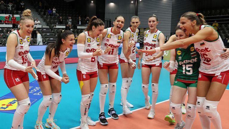 Женският национален отбор на България отправи специално видеопослание към волейболистките ни до 16 години 🏐
