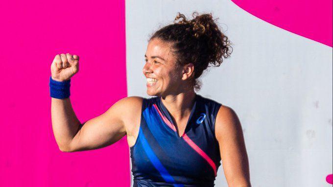 Първи финал на WTA турнир за 25-годишна италианка