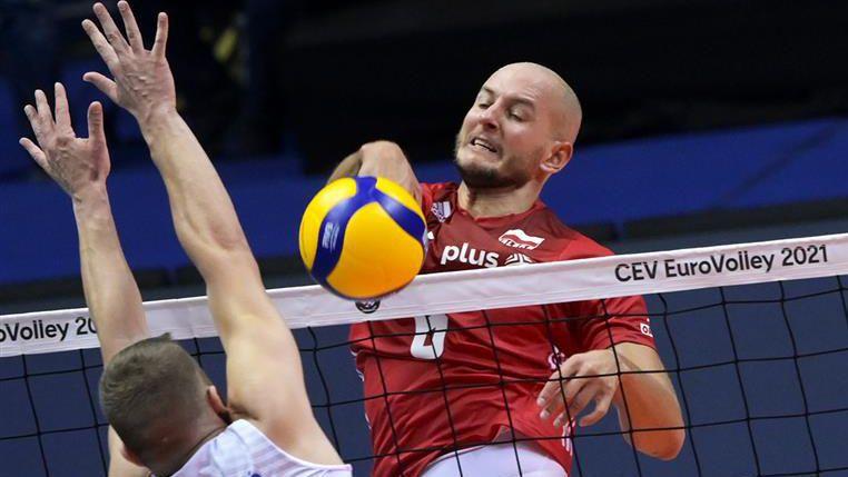 Полша и Сърбия излизат в битка за бронза на Евроволей 2021