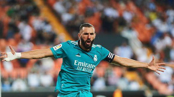 Късен обрат и драма с 2:1 донесе победата на Реал Мадрид в гостуването срещу Валенсия