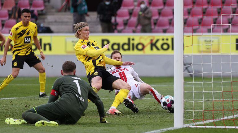 Безупречен Холанд стигна на Дортмунд само за реми (видео)
