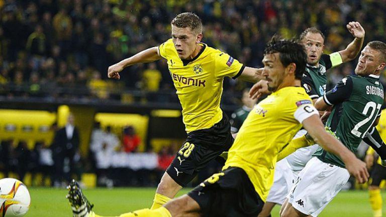 Дортмунд с нов обрат, този път в последната секунда (видео)