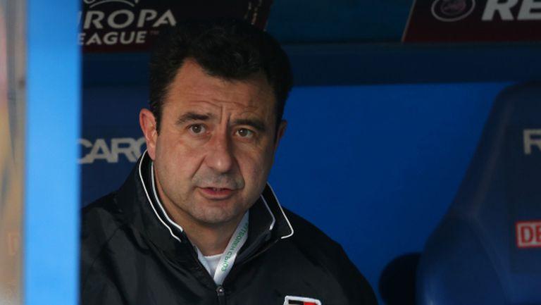 Петър Пашев води Локо (Пд) срещу Оборище