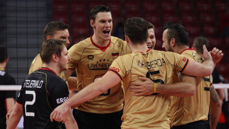 """Планът """"Хейнен"""" сработи напълно! Германия на 1/4-финал срещу България (ГАЛЕРИЯ)"""