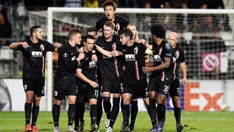 Аугсбург си тръгна с първи три точки от Алкмаар