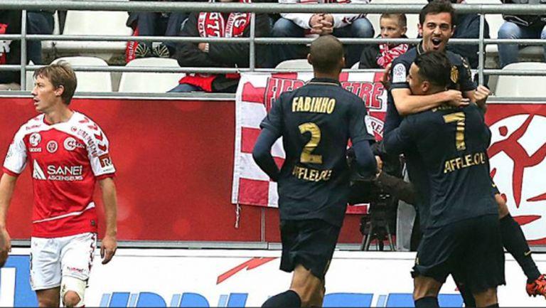 Монако измъкна победа в Реймс