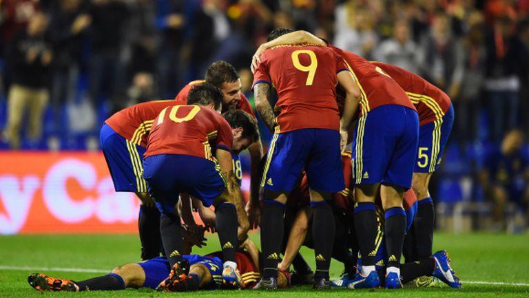 Испания се справи с Англия в мач с изумителен гол и невиждан рекорд (видео + галерия)