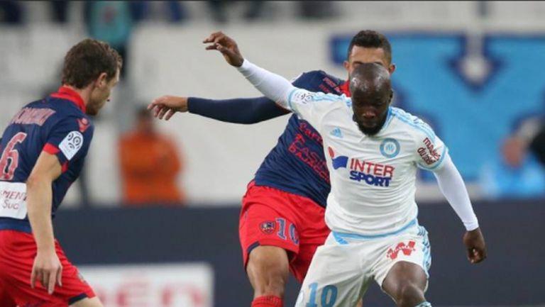 И Марсилия не успя да се справи с Газелек Аячо (видео)