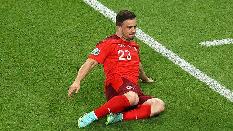 Шакири с втори гол, Швейцария си върна преднината от две попадения срещу Турция