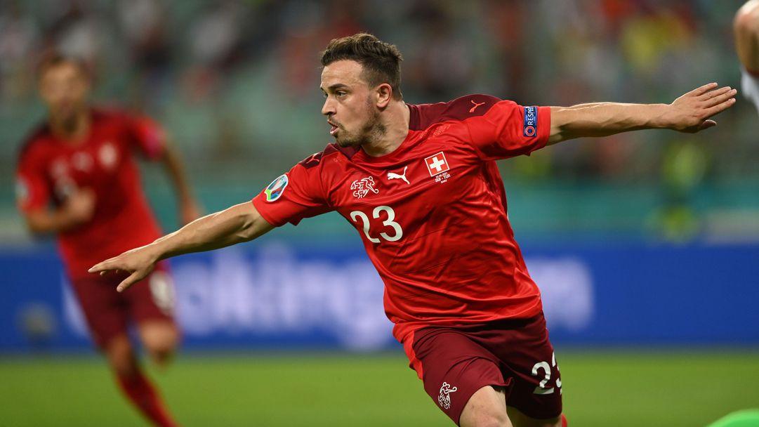 Шакири избухна с два гола и Швейцария ще чака с надежда