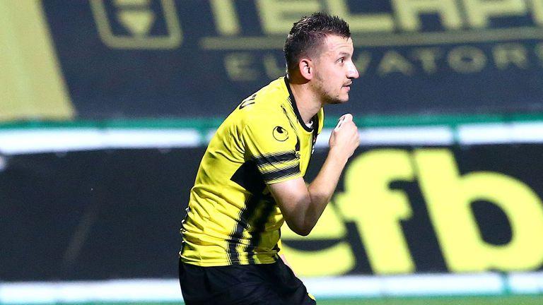 За първи път Ботев влиза в дербито на Пловдив като лидер