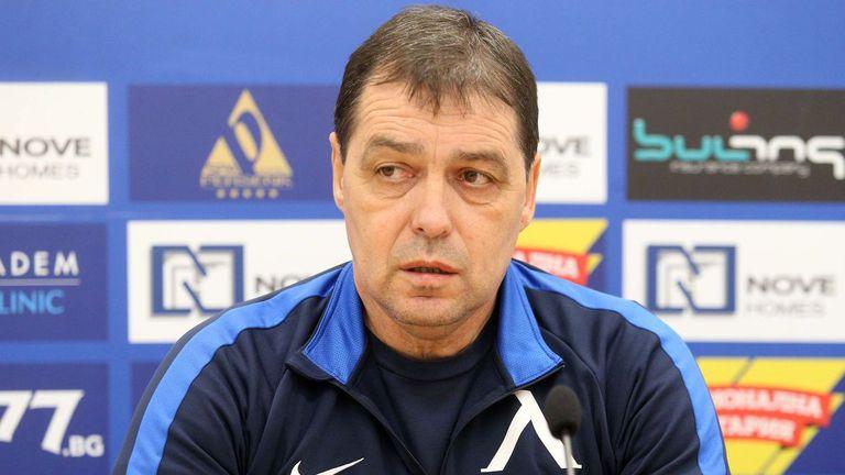 """Хубчев с официална позиция за Левски, няма как """"сините"""" да загубят 11 точки"""