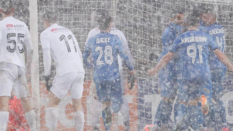 Левски спечели снежната битка със Славия с 1:0
