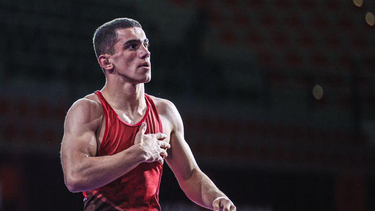 Демиров ще спори за бронза, Сезен Белберова завърши пета на европейското първенство по борба до 23 години