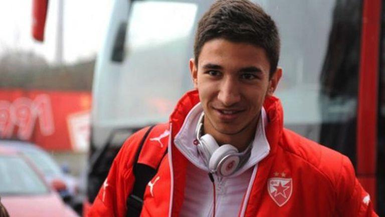 Груич подписва за пет години с Ливърпул, доиграва сезона в Звезда