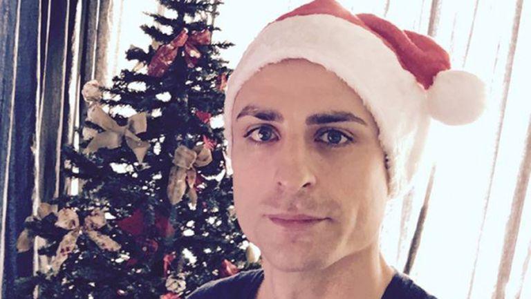 Бербатов честити Коледа на феновете си