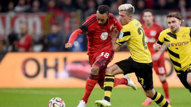 Байер (Леверкузен) - Борусия (Дортмунд) 0:0