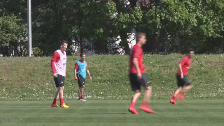 Тодор Неделев поднови тренировки с първия отбор на Майнц 05