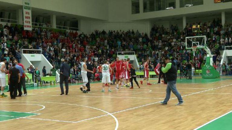Радост за Лукойл след победата над Балкан