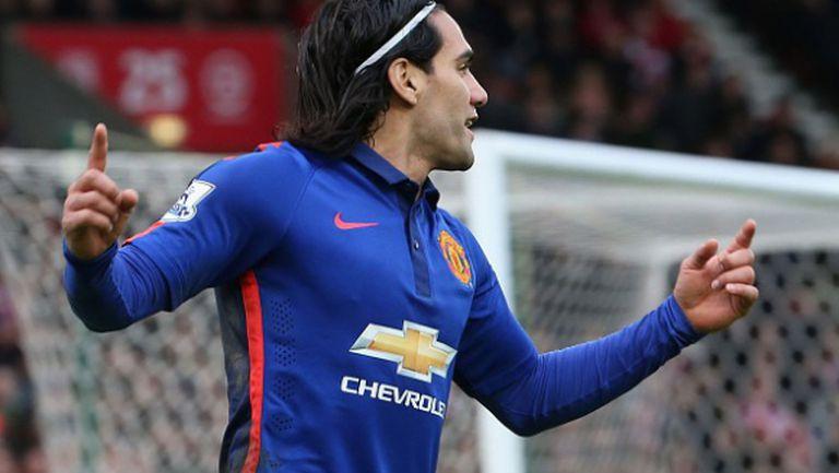Ювентус взима Фалкао, ако Юнайтед се откаже