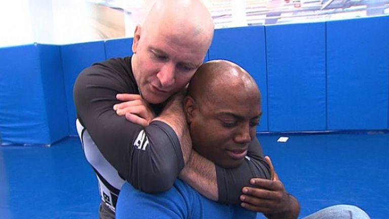 Треньорът на UFC шампионите Джордж Сейнт Пиер и Крис Уайдмън за коланите в Бразилското Джу Джицу