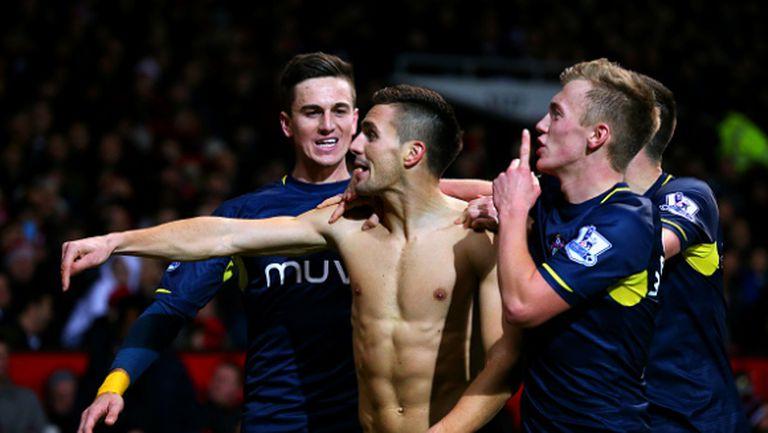 """Куман и Саутхамптън с исторически триумф на """"Олд Трафорд"""", Юнайтед без точен удар за 95 минути (видео)"""