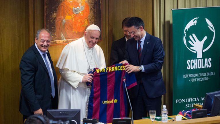 Папата прие президента на Барса