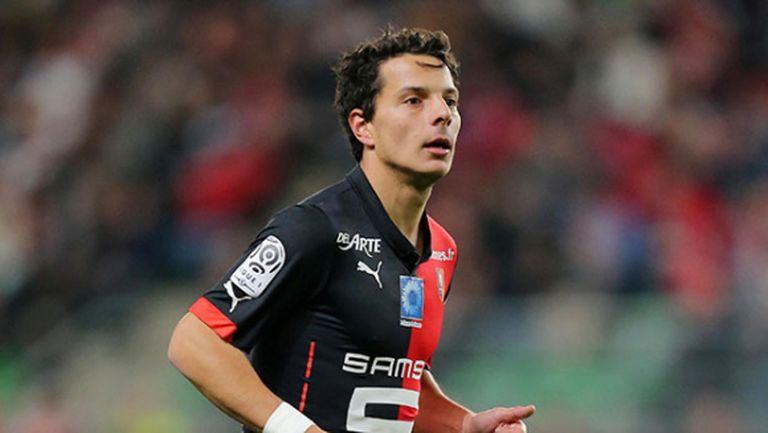 Футболист на Рен остана без бъбрек заради тумор