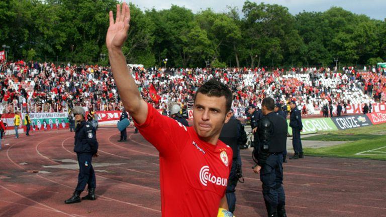 Мораеш: Феновете на ЦСКА са луди, луди, луди - там не можех да нося синьо