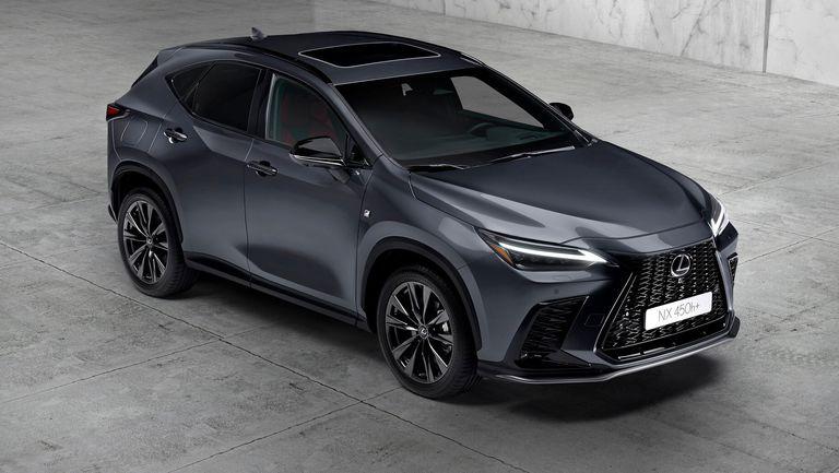 Lexus представи новия NX