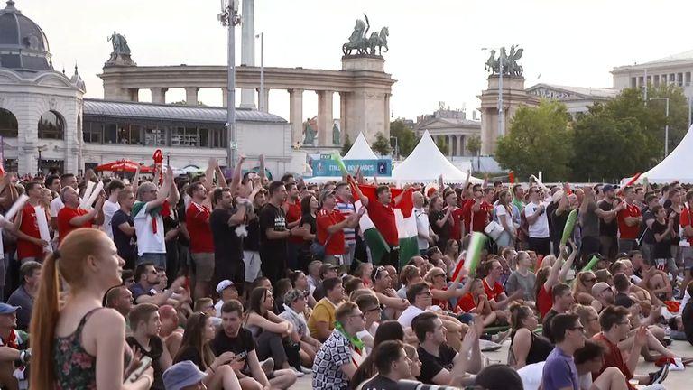 УЕФА ще разследва унгарските фенове