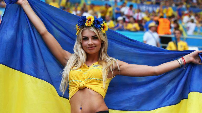 Убийствено секси подкрепа за Украйна