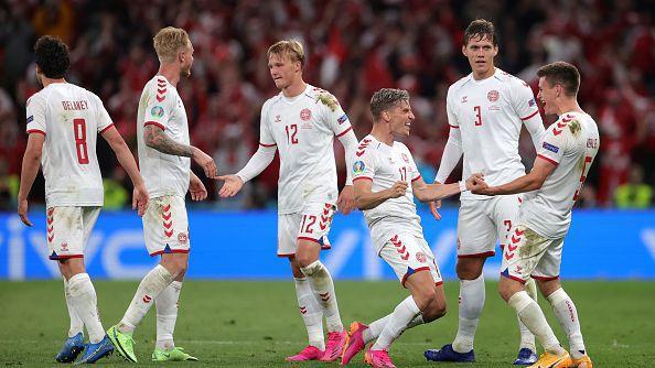 Четвърти гол за Дания, Русия капитулира напълно