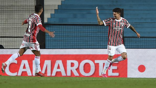 Сао Пауло отстрани Расинг Клуб от Копа Либертадорес след 3:1 в реванша