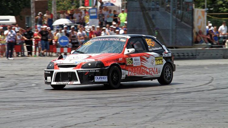 Иван Влъчков излиза за първа победа за сезона на Писта Русе