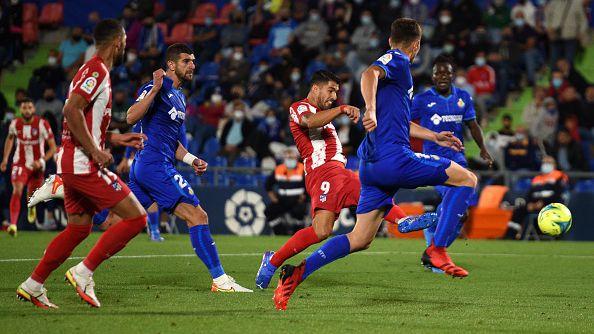 Луис Суарес измъкна Атлетико срещу Хетафе с два гола в края за 2:1