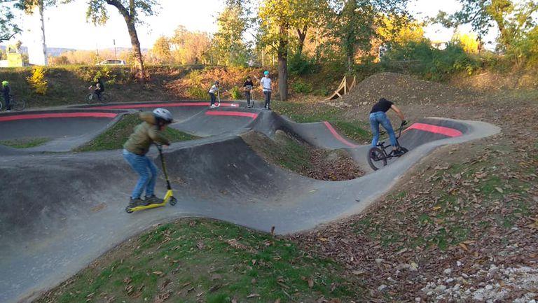Страхотен вело байк парк радва младите хора в Севлиево