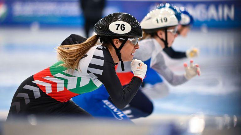 Българските състезатели по шорттрек направиха дебют за новия сезон в Пекин
